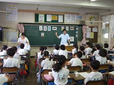 並木小学校の歯磨き指導1
